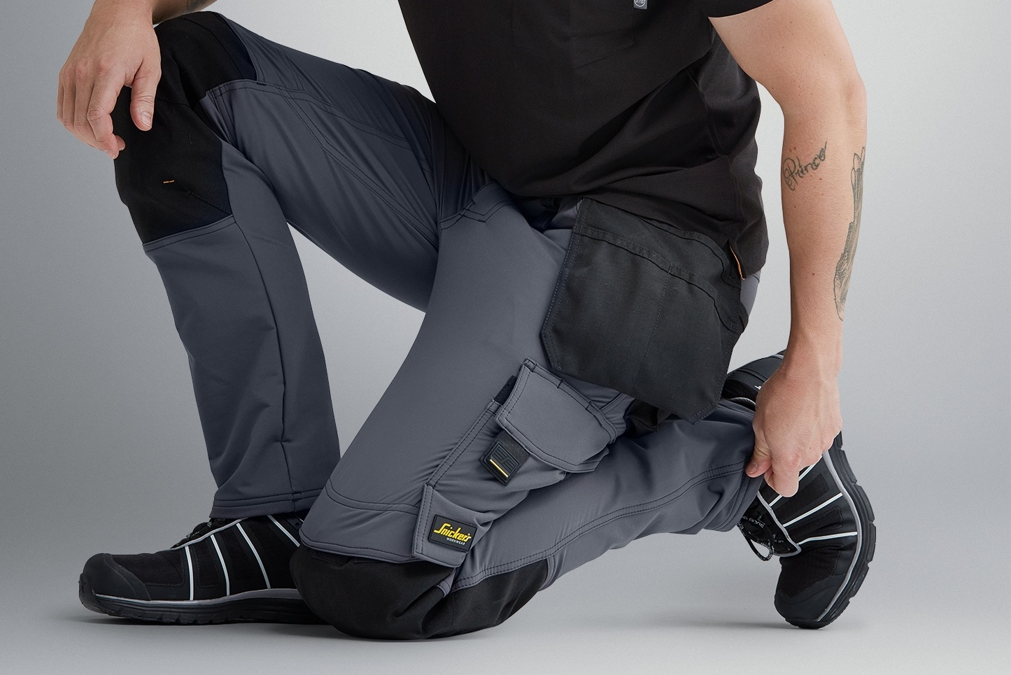 PCIAW | PCIAW News | Snickers Workwear reveals new 4-Way Stretch Trousers to give maximum mobility | Snickers Workwear | Product News