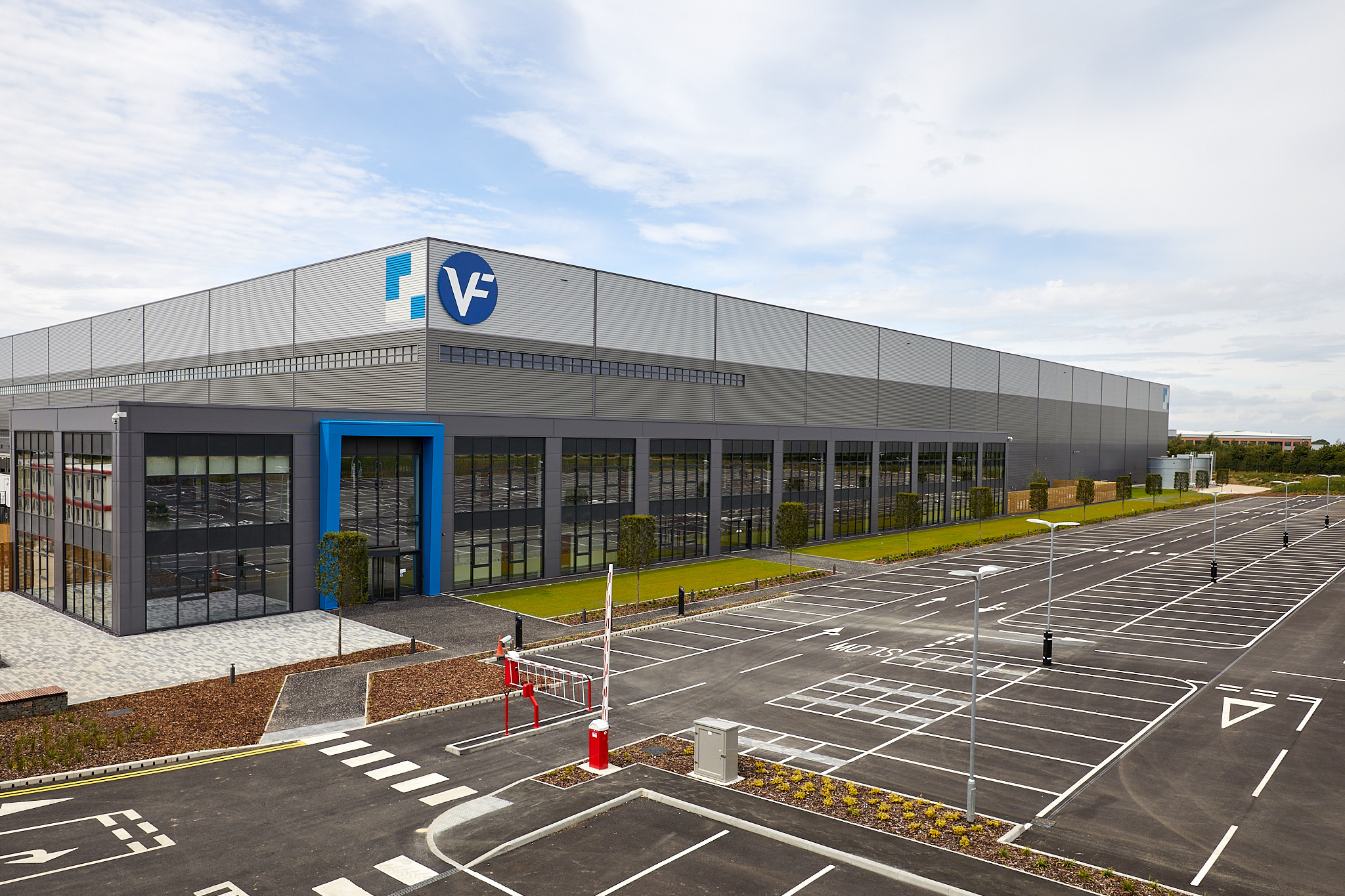The VF Corporation, through its local subsidiary VF Northern Europe Limited, has announced it has begun operations at its new multimillion-pound fulfilment centre in Bardon, Leicestershire, employing approximately 250 people during peak periods.